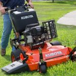 Ways to prevent lawn mower pollution